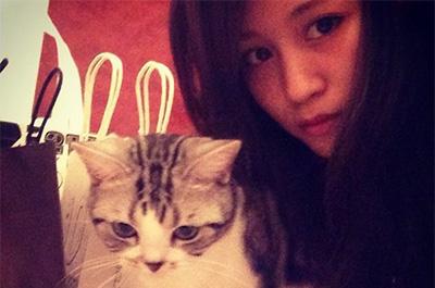 前田敦子と愛猫ポッツ