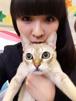 愛猫と映るかしゆか